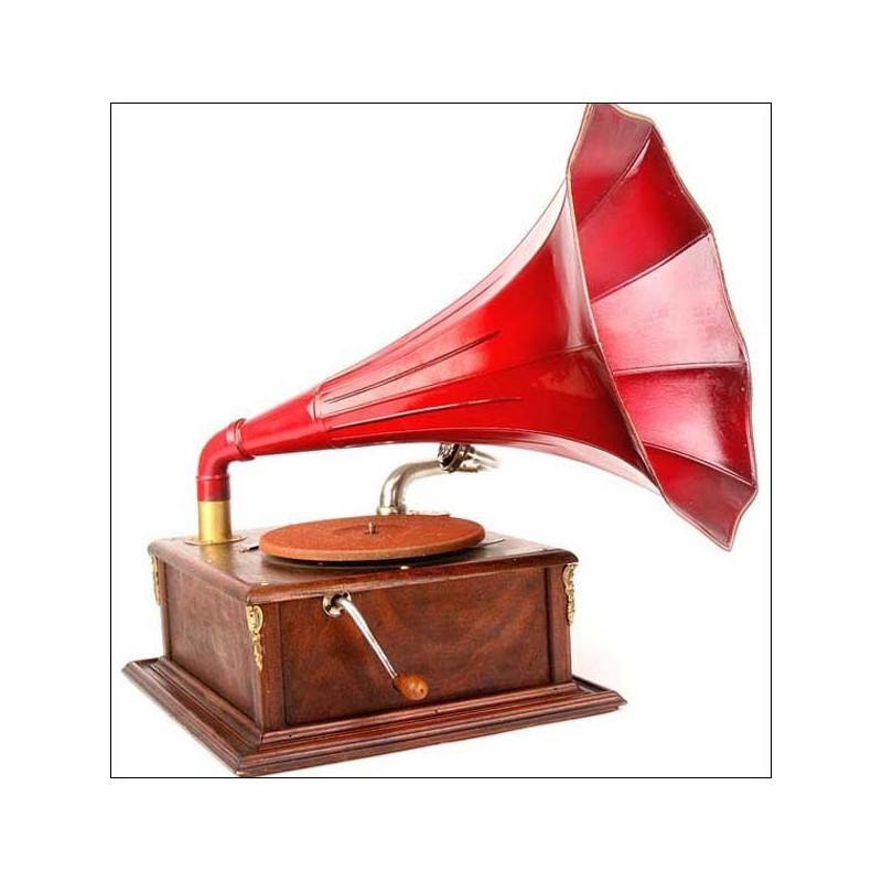 Gramófono de trompeta antiguo. 1910-1920