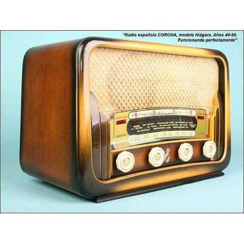 Radio española Corona mod. Niágara 110 v.C.1940-1950.