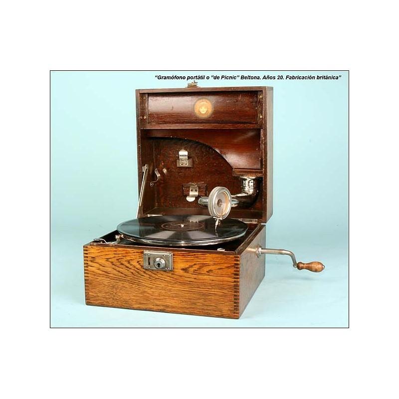 Gramófono portable Beltona, C.1920.