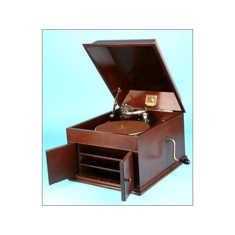 Gramófono La Voz de su amo modelo 109. 1930