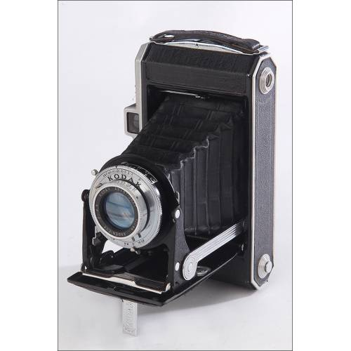 Antigua Cámara de Fuelle Kodak Muy Bien Conservada. Francia, Años 30