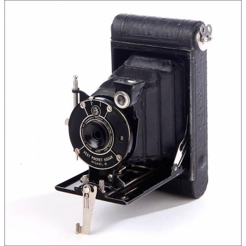 Exclusiva Cámara de Fuelle Kodak Vest Pocket Model B. Canadá, Años 20-30