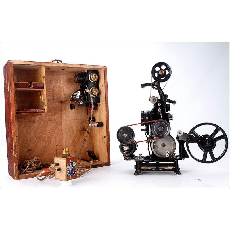 Raro Proyector Cinematográfico Pathé Modificado y Automatizado. España, Años 30-40