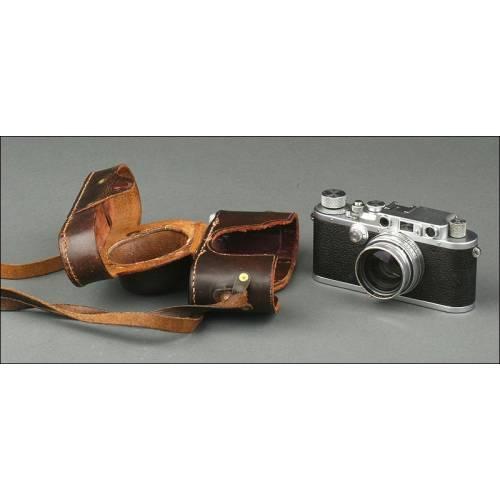 Cámara Fotográfica Alemana Leica III, Fabricada en 1938. Funcionando Bien y con Funda Original