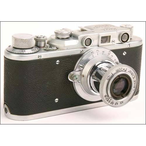Leica II y objetivo Elmar. Copia rusa de época. Años 50