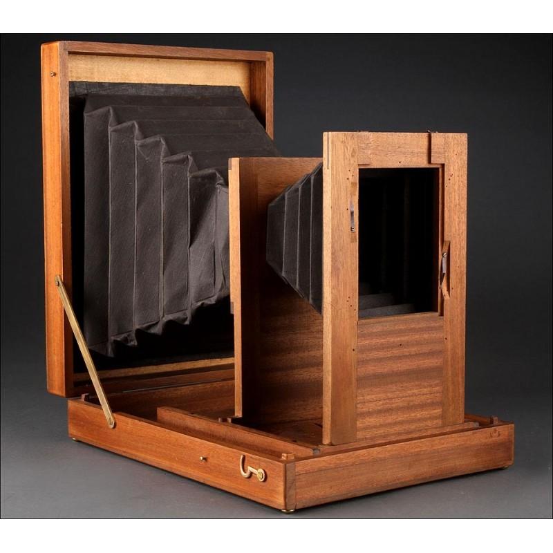 Ampliadora para la Reproducción de Negativos y Copias Directas. Circa 1900. Perfecto Estado
