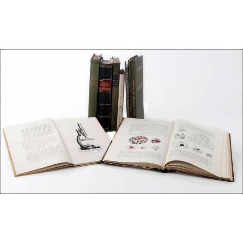 Fantástico Lote de 8 Libros Antiguos sobre Microscopía. Alemania, Ppios. S. XX