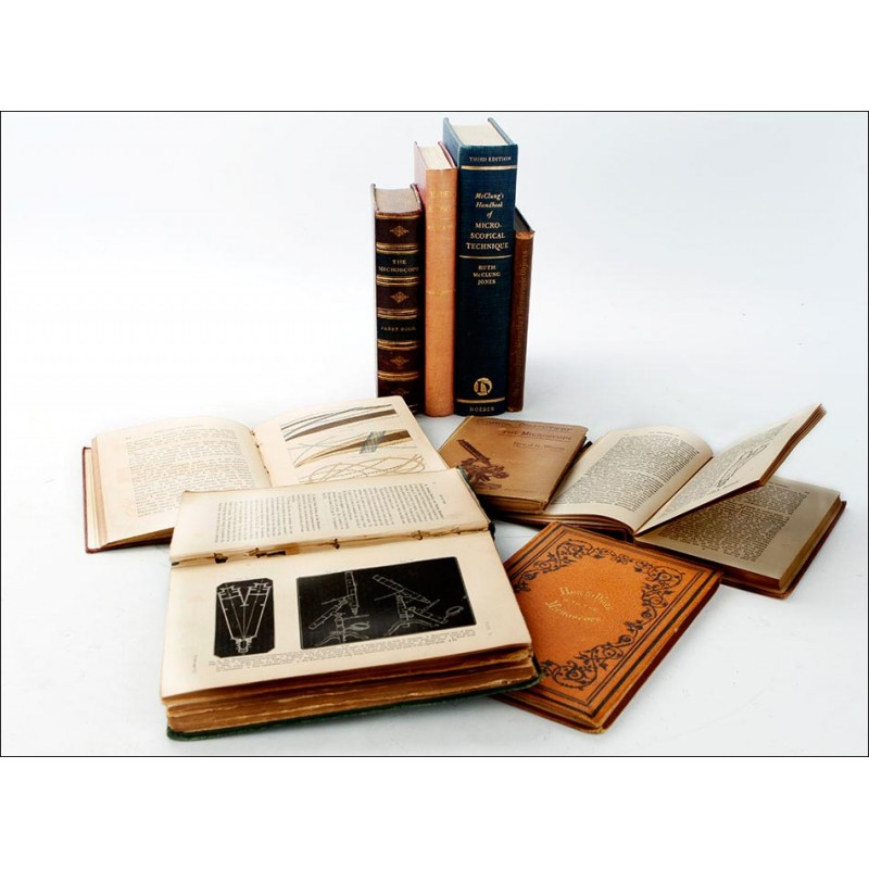 Lote de 9 Libros Antiguos sobre Microscopía. Inglaterra, S. XIX-XX