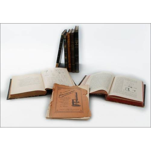 Lote de 8 Libros Antiguos sobre Microscopía. Alemania, Siglo XIX