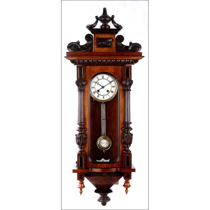 Clásico Reloj de Pared Antiguo Fabricado por Gustav Becker. Alemania, Siglo XIX