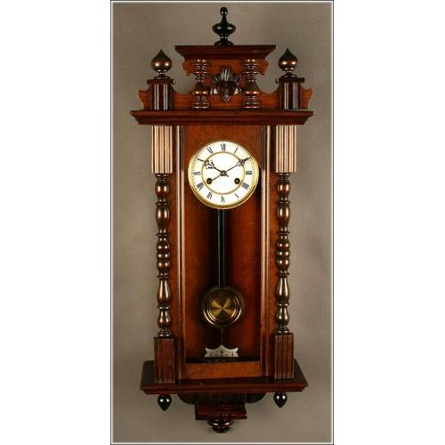 Exclusivo Reloj de Pared Junghans, Circa 1.900. Da las Horas y las Medias. Restaurado Completamente