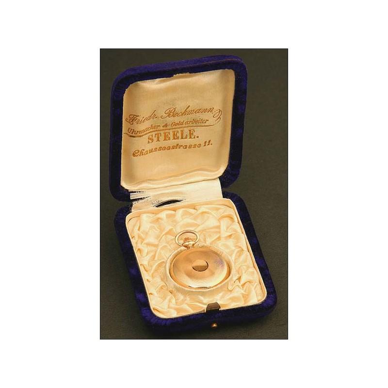 Reloj Saboneta de Bolsillo para Dama, Suiza, Año Circa 1900