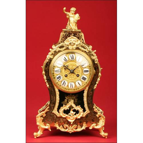 Impresionante Reloj de Sobremesa Boulle en Concha de Tortuga, S.XIX.