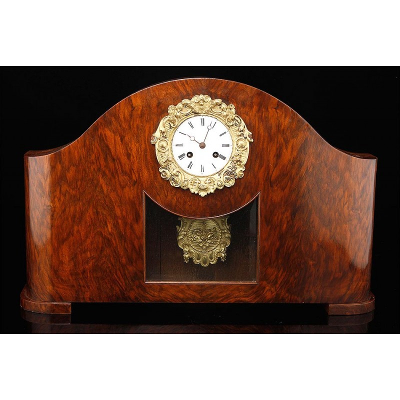 Precioso Reloj de Sobremesa Francés con Caja de Madera, Circa 1900. Maquinaria París. Funcionando