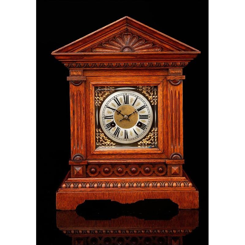 Reloj de Sobremesa Junghans Fabricado en Alemania en 1900. Muy Bien Conservado y Funcionando