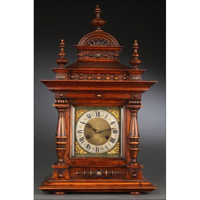 Gran Reloj de Sobremesa del Año 1900. En Madera Maciza y con Puerta de Cristal. Funcionando