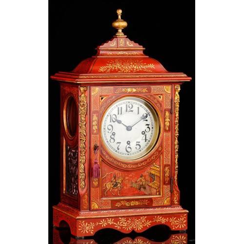 Impresionante Reloj Bracket. Sonería Westminster Pintado a Mano con Chinerías. Inglaterra, 1900