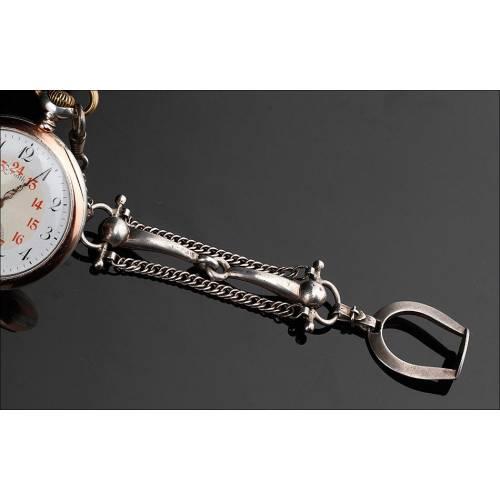 Fina Catalina de Plata para Reloj de Bolsillo, Fabricada Circa 1920. Diseño Ecuestre