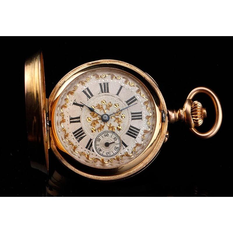 Fantástico Reloj de Bolsillo de Oro Macizo de 18K Decorado con Diamantes. Suiza, Circa 1900