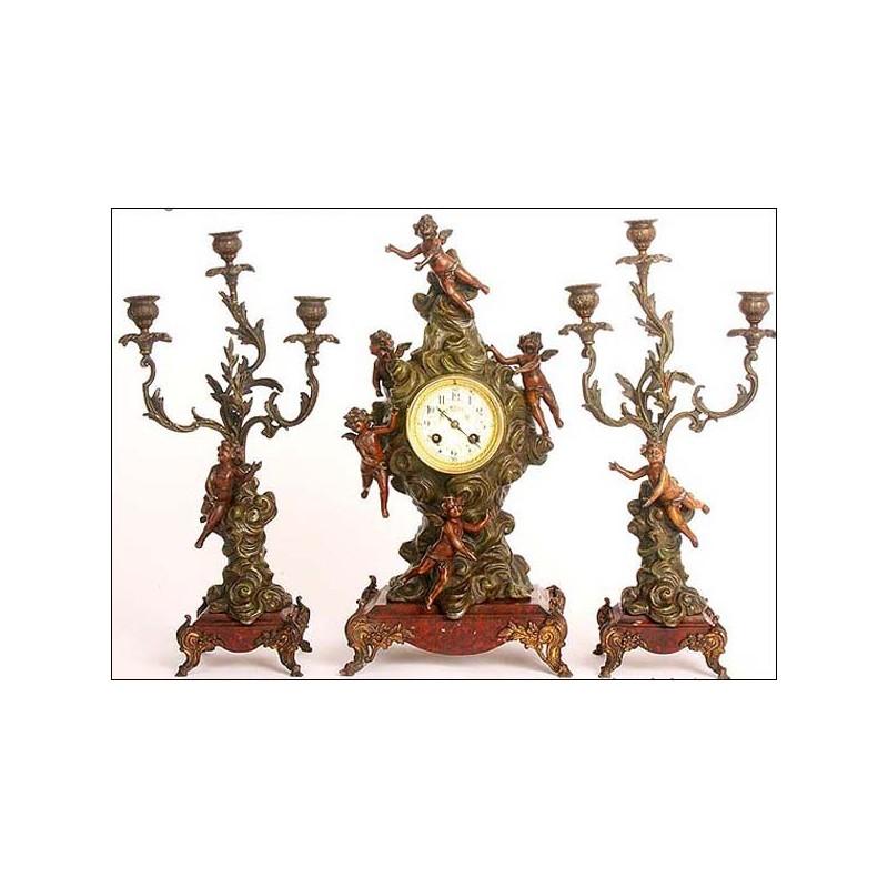 Espectacular reloj de péndulo francés con querubines. Siglo XIX