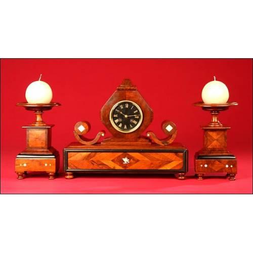 Extraordinario Reloj Artesanal de Sobremesa Hecho por Ebanista, 1890.