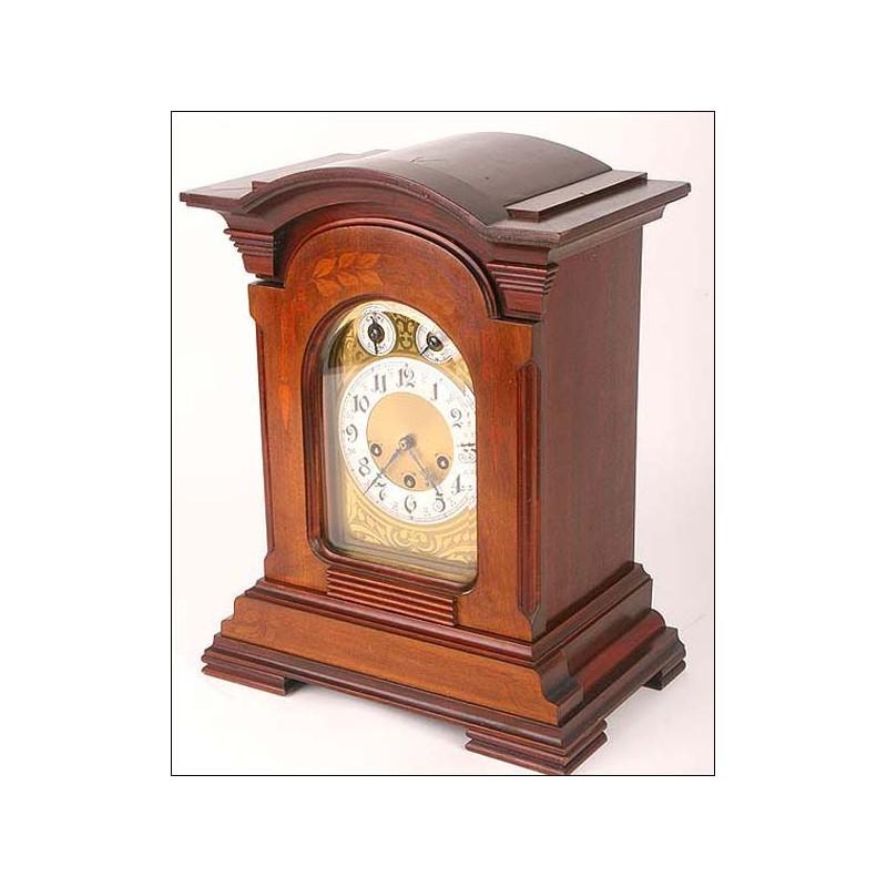 Extraordinario y enorme reloj Junghars con sonería Westminster. 1900
