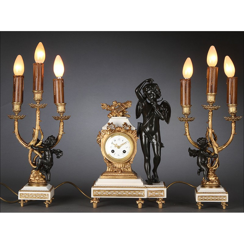 Fantástico Reloj de Sobremesa Francés con Guarnición Electrificada. 1850.