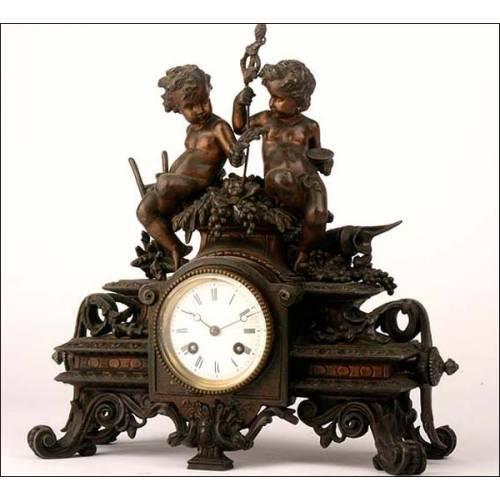 Reloj de péndulo en calamina. 1880
