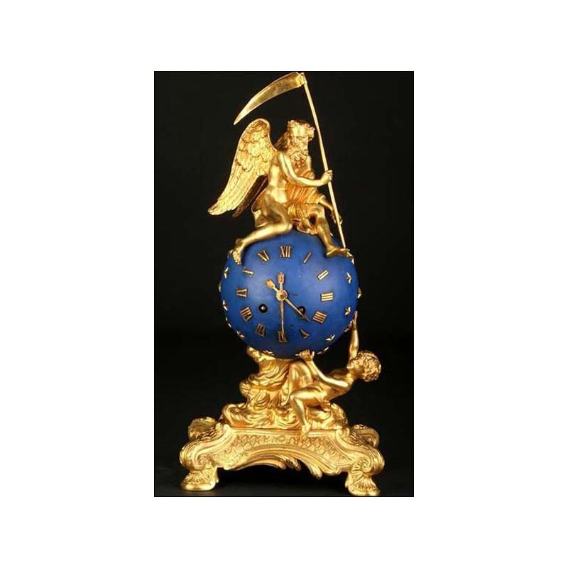 Rarísimo reloj en bronce dorado. El Ángel del Tiempo. 1850-1890.