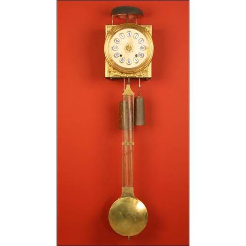 Antiguo Reloj de Pared de Tipo Morez. Francia, ca. 1870- 1900.