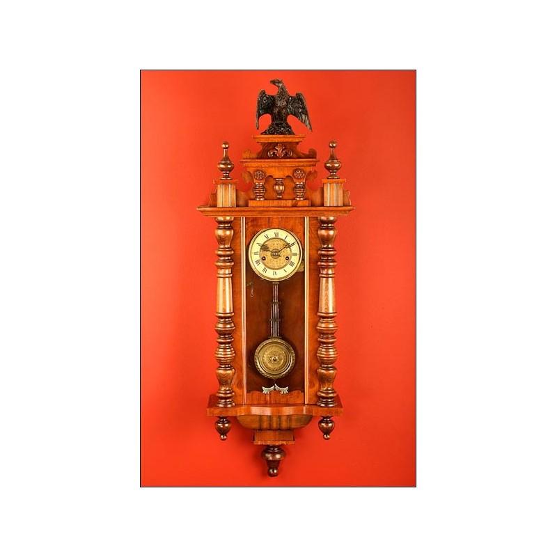 Precioso Reloj de Pared con Caja de Música. Año 1880-1900