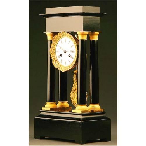 Reloj Pórtico de Sobremesa, Francia, Circa Año 1860