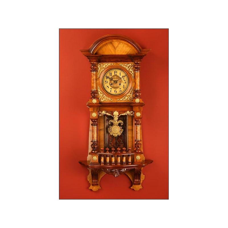 Importante Reloj de Péndulo Alemán con Apliques de Bronce, 1890.