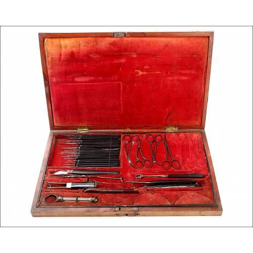 Impresionante Estuche con Instrumental para Cirugía Oftalmológica. Circa 1900