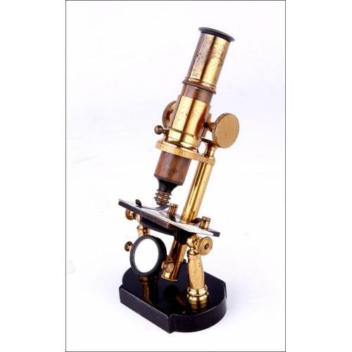 Bello Microscopio Antiguo de Doble Pilar. Francia, 1875