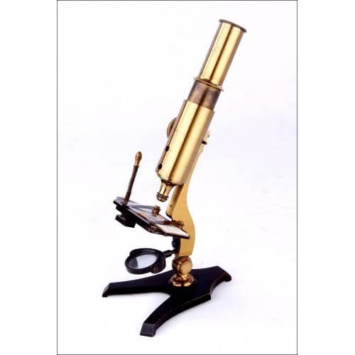 Microscopio Antiguo en Estado de Funcionamiento. Fabricado Circa 1870
