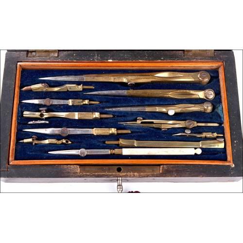 Antiguo Juego de Compases en Estuche Original y Buen Estado. Francia, Siglo XIX