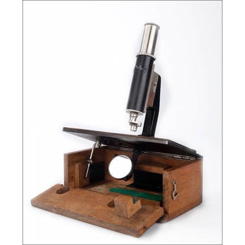 Antiguo Microscopio de Viaje en Buen Estado de Funcionamiento. Alemania, 1920-30