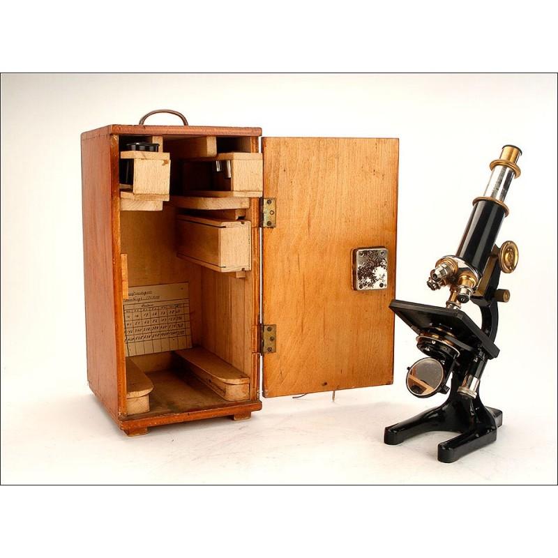Impresionante Microscopio Antiguo con Revólver de 4 Lentes. Alemania, Siglo XIX