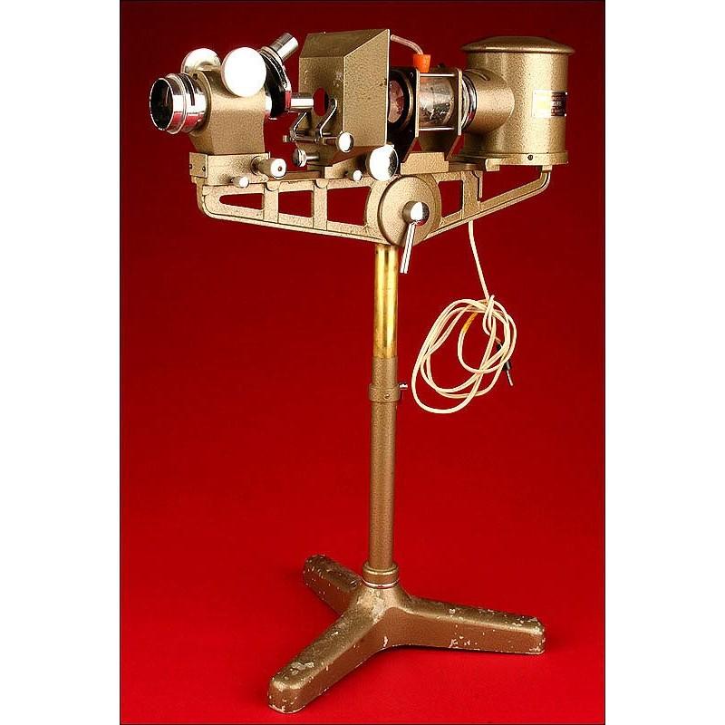 Fantástico Microscopio Proyector Fabricado por Flatters & Garnett. Años 50