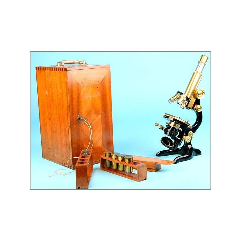 Extraordinario microscopio profesional Ernsz Leitz. 1911