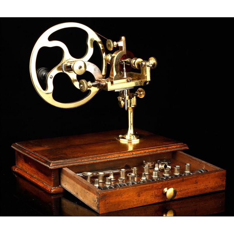 Máquina de Arrondir Antigua en Excelente Estado. Suiza, Siglo XIX