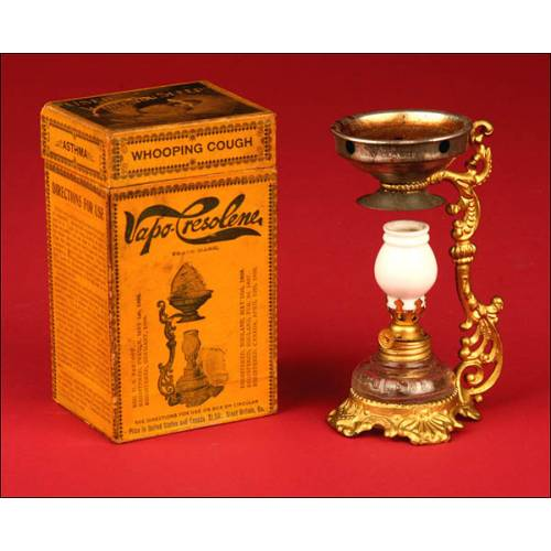Fantástica Lámpara Vaporizador Médica Marca Vapo Cresolene. 1880-1900.