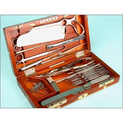 Caja de Instrumental Médico Forense, Años 20, E.E.U.U.