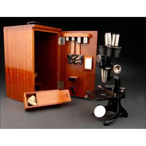 Microscopio o Lupa de Aumentos Binocular Zeiss para Especímenes y Disecciones. Alemania, 1902.