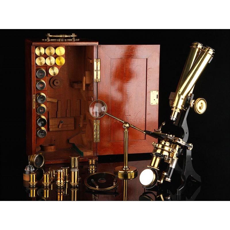 Fantástico Microscopio Binocular Swift & Son. Inglaterra, Circa 1880. Accesorios y Estuche
