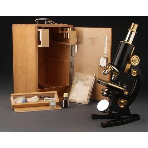 Microscopio Alemán Schröeder de los Años 20 con Estuche Original de Madera. Funcionando
