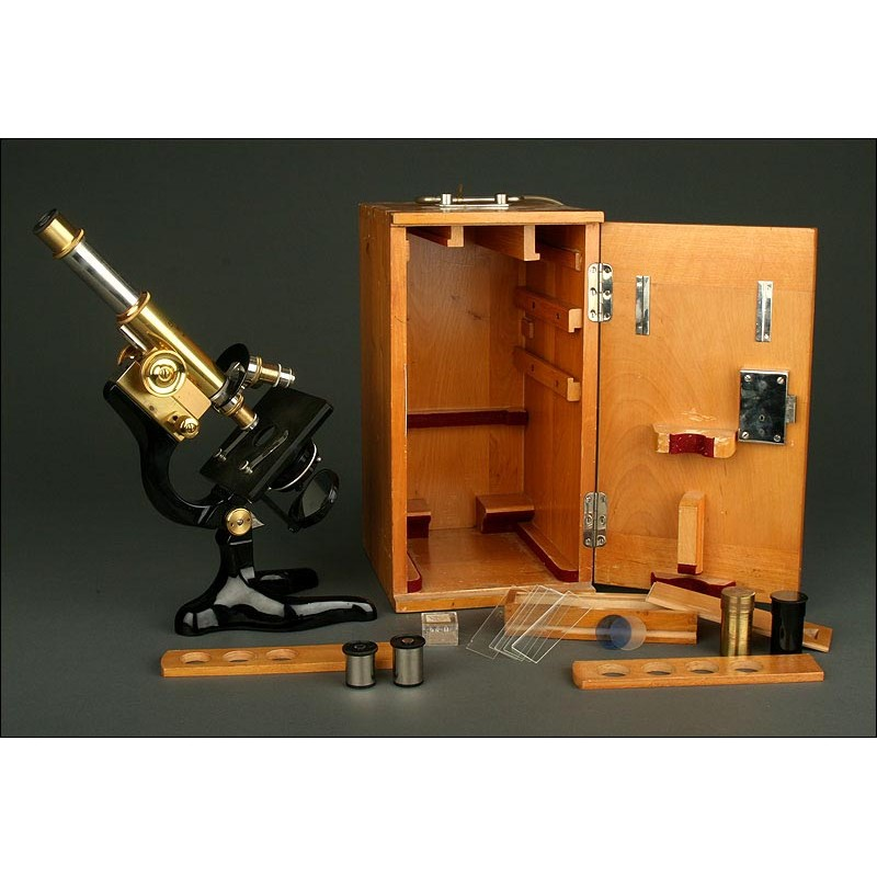 Microscopio Alemán E. Leitz Wetzlar de 1917. En Perfecto Estado y Funcionando. Estuche Original