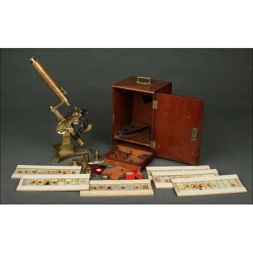 Magnífico Microscopio Inglés de1853. En Estuche de Caoba con Accesorios. Funcionando
