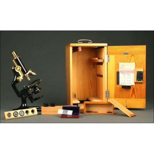 Impecable Microscopio Alemán R. Winkel en su Estuche Original de Madera. Año 1920. Funcionando